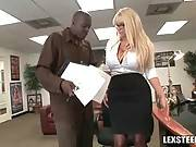 Busty Blonde Is A Fucking Pro 3