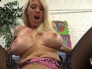 watchingmymomgoblack-Dee Siren , Cherish Red